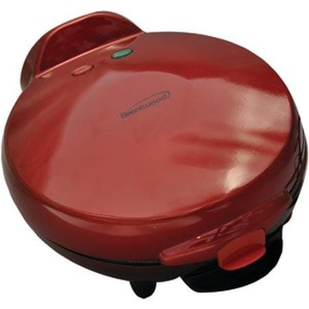Brentwood TS-120 Red Quesadilla Maker 900 Watts Of Cooking Power
