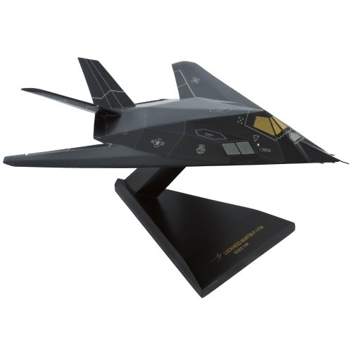 - Mastercraft Collection Lockheed F-117A Nighthawk Blackjet Stealth Bomber Attack Aircraft Figher Jet Plane Gulf War USAF Air Force Model Scaled:1/48