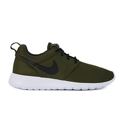 afccb2b74579f Nike – Rosherun GS – 599728303 – Color  Black-Green ...