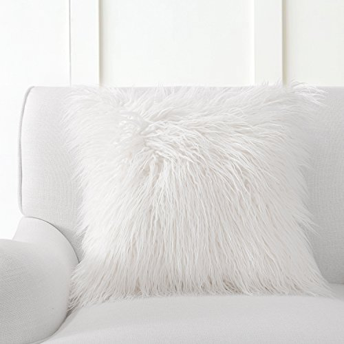 "Phantoscope Decorative Off-White Faux Fur 18"" x 18"" Pillow w"