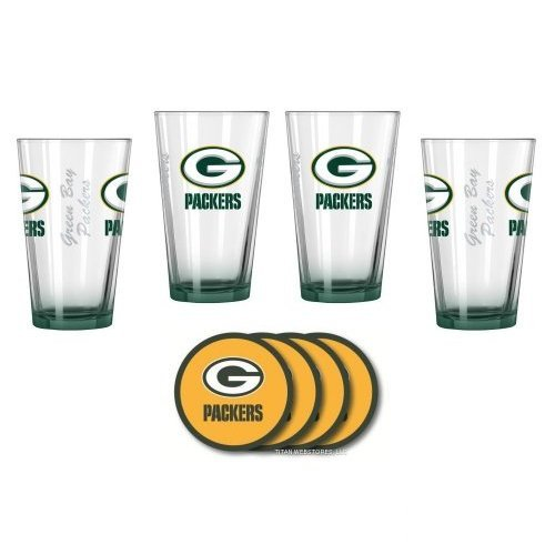 (NFL Football Elite Pint Glasses and Coasters Gift Set - Beer Drinker's Beverage Set (Packers))