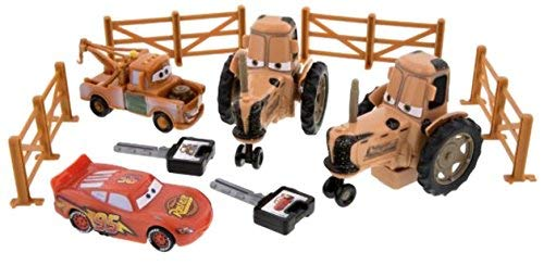 Disney Parks Exclusive Cars Land Tractor Tipping Playset with Mater and Lighting McQueen (Cars From Tractor)