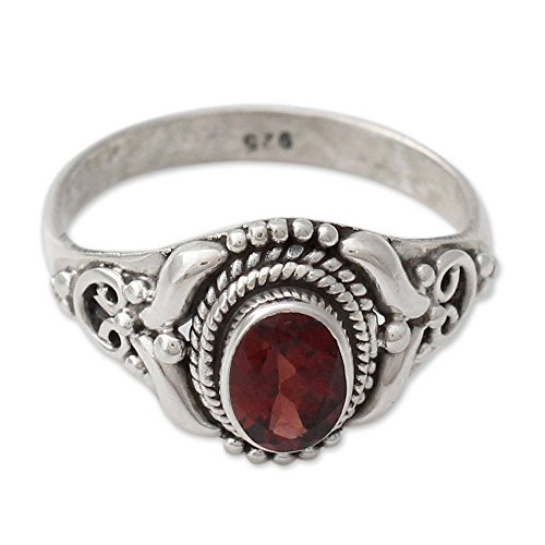 NOVICA Garnet .925 Sterling Silver Cocktail Ring, Traditional Romantic' ()
