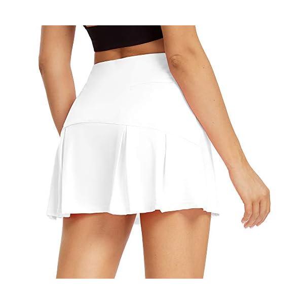 חצאית ספורט המיועדת לנשים משולב עם מכנסיים קצרים מובנים של חברת toumett