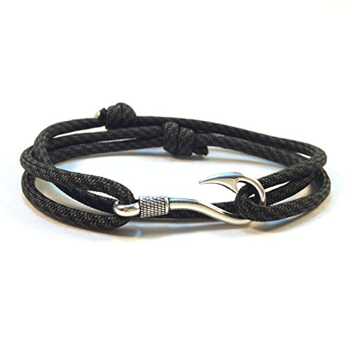 - Handmade America Themed Paracord Bracelet with Fish Hook (Comanche)