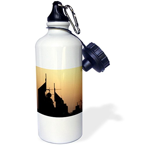 3dRose wb_10061_1 Dubai grows each minute Beautiful buildings are built every minute around the city - Sports Water Bottle, 21 oz, (Dubai Gifts)