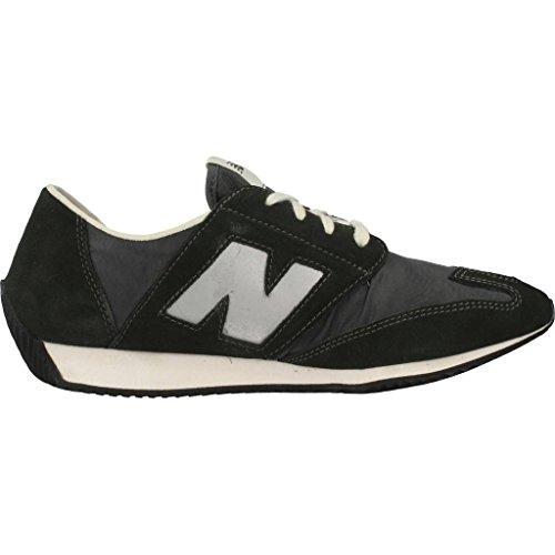 Calzado deportivo para hombre, color Verde , marca NEW BALANCE, modelo Calzado Deportivo Para Hombre NEW BALANCE U320 BG Verde Verde