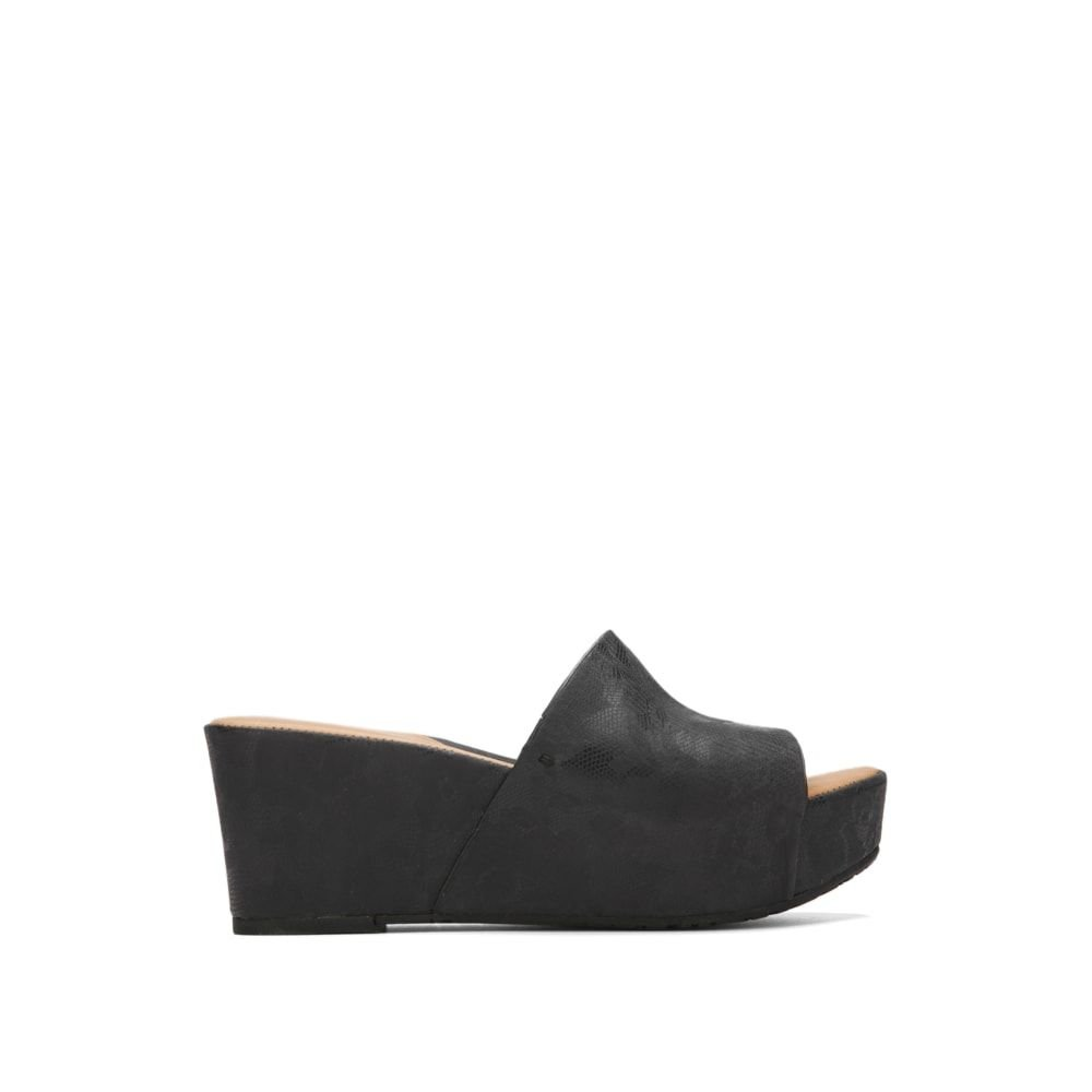 Gentle Souls Women's Forella Platform Slip Slide Sandal, Black, 10 M US