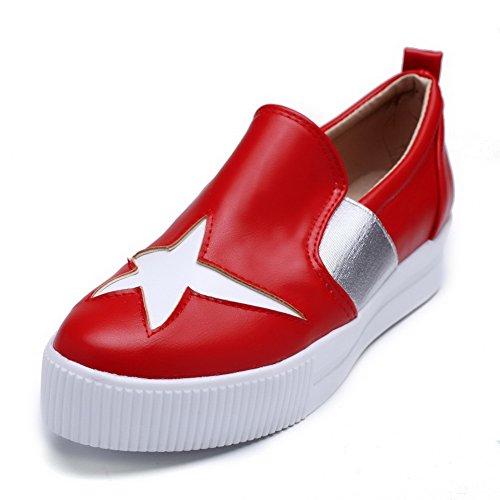 AllhqFashion Damen Rund Zehe Ziehen auf PU Leder Niedriger Absatz Pumps Schuhe Rot