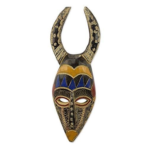 Huichol Mask (NOVICA Decorative Wood Cultural Mask, Multicolor 'Horns Of Power')