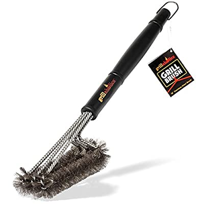 Grillaholics Essentials Grill Brush from DSquared International LLC
