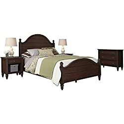 Home Styles 5522-5031 Country Comfort Queen Bed, Two Night Stands and Chest, Aged Bourbon Finish