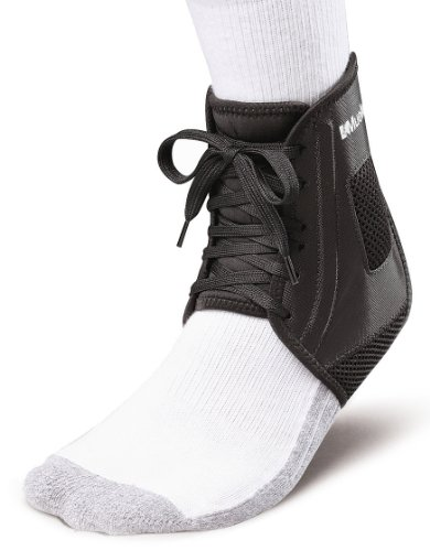 Mueller Soccer Ankle Brace, Black, Medium