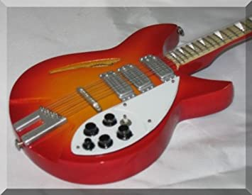 George Harrison en miniatura Mini guitarra Beatles Rickenbacker Fireglow: Amazon.es: Instrumentos musicales