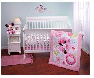 Amazoncom Disney Minnie Sitting Pretty 3 Piece Crib Bedding Set