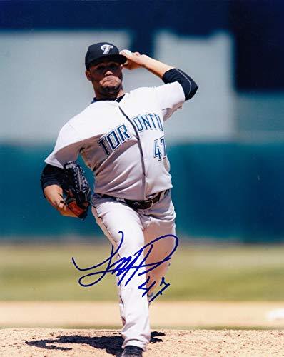 Autographed Luis Perez Photo - 8x10 - Autographed MLB Photos