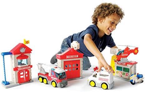 [해외]Fat Brain Toys Fire Station Playset / Fat Brain Toys Fire Station Playset