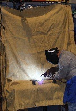 Chicago Electric Welding Systems 6 Ft x 8 Ft Fiberglass Welding Blanket