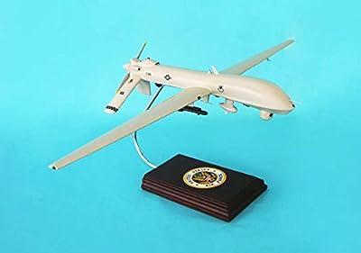 Daron Worldwide Trading B11732F3W MQ-1 Predator 1/32 AIRCRAFT
