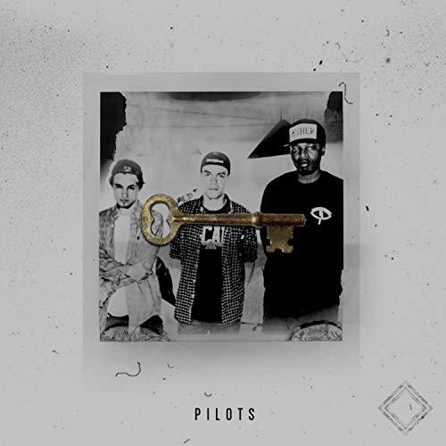 Pilots (feat. Diaz Grimm & Raiza Biza) [Explicit]