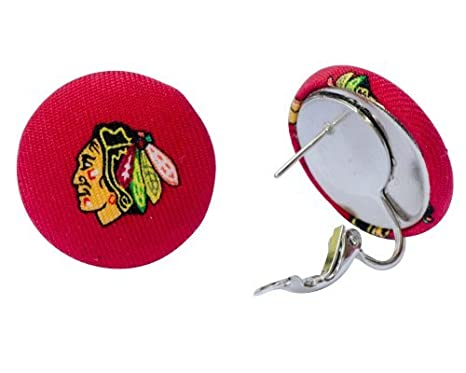 size 40 f1ad7 9c499 Amazon.com : Final Touch Gifts Chicago Blackhawks Pierced or ...