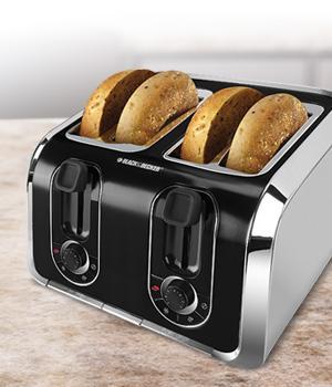 Black & Decker TR1400SB 4 Slice Toaster, Black/Silver%