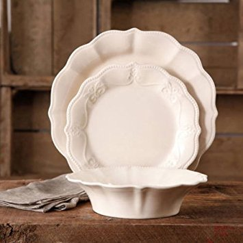 The Pioneer Woman Paige 12-Piece Dinnerware Set (Linen)