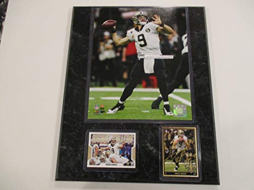 DREW BREES NEW ORLEANS SAINTS SETS THE ALL-TIME PASSING RECORD PHOTO PLUS 2 CARDS MOUNTED ON A