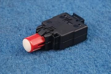 Switch Brake Light E28 (BRAKE STOP LIGHT SWITCH 2 PIN TYPE fits BMW E28 E30 E32 E36 M3 M5 NEW)