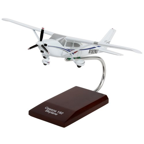 Cessna Model 182 Skylane - 1/32 scale (Cessna 182 Aircraft)