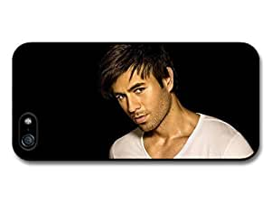 fashion case Enrique Iglesias White T Shirt and Black Background Portrait case for iphone 4 4s