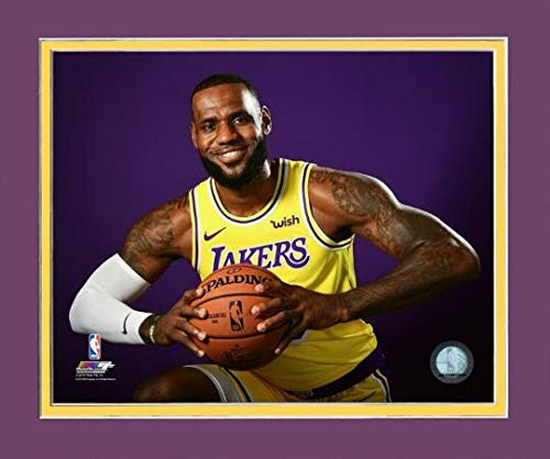 LeBron James Lakers Photo, Pose with Basketball Purple Background (Size: 8