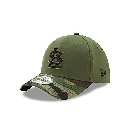 b39d44a5bfe St. Louis Cardinals New Era 2017 Memorial Day 39THIRTY Flex Hat - Green Camo