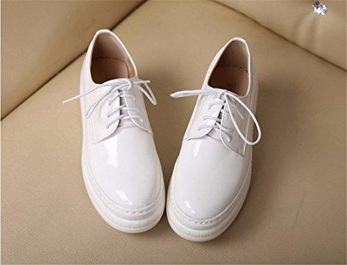 neue Frauen Plattformschuhe beilaeufige koreanische Spitze nach oben pantshoes einzelne Lederschuhe White