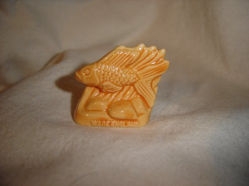 Tropical Fish (Red Rose Tea/Wade Figurine, Pet Shop Series 2006-2008)