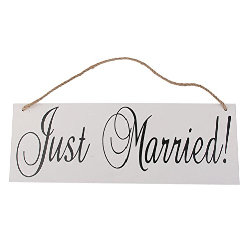 ULTNICE Wooden JUST MARRIED Signs Decor with Hanging Rope for Wedding Engagement Propose]()