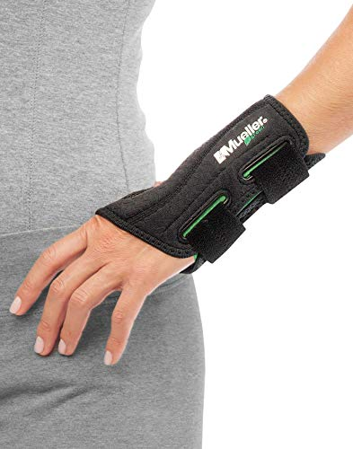 Mueller Green Fitted Wrist Brace, Black, Left Hand, Small/Medium (5-8)