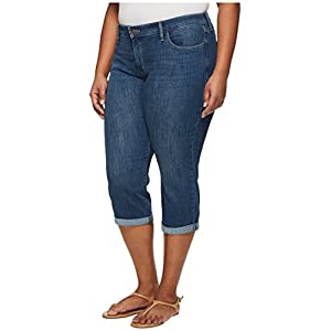 Levi's Women's Plus Size Shaping Capri Jeans, Time After Time, 36 (US 16)