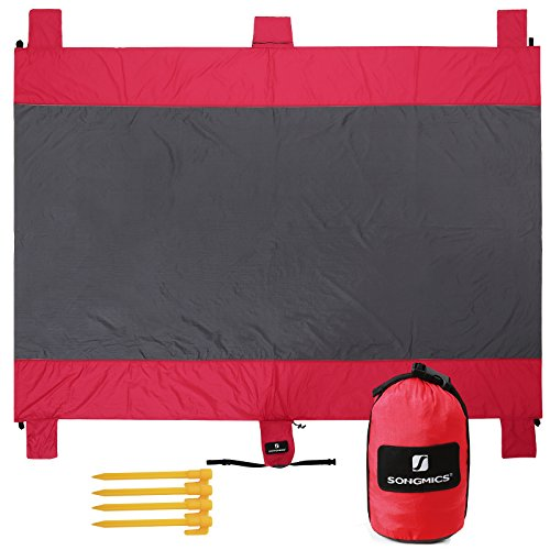SONGMICS Sand Proof Beach Mat Blanket 7' x 9' Extra Large Waterproof Quick-dry parachute nylon Pocket Blanket with 4 Stakes for Picnic, Camping, Hiking UGCM91GR (Mat Proof)