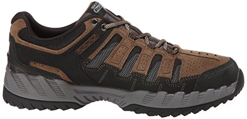 Skechers Sport Hombres Outland Thrill Seeker Sneaker Taupe / Negro