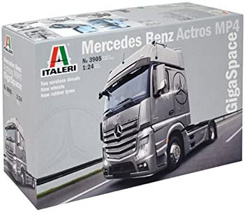 Italeri- 1:24 Mercedes Benz Actros MP4 Gigaspace. (3905)