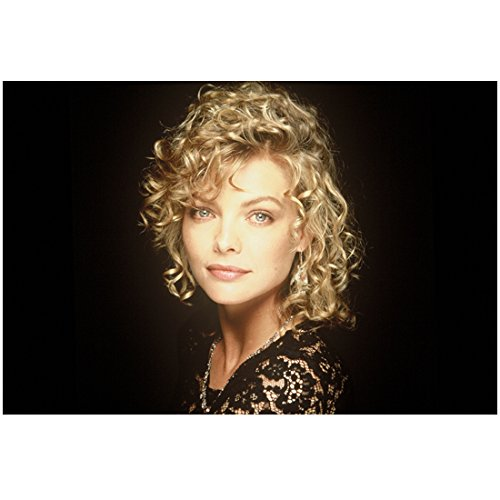 Michelle Pfeiffer 8 Inch x 10 Inch PHOTOGRAPH Scarface The Fabulous Baker Boys Batman Returns Ladyhawke Looking Stunning w/Curls Black Background kn