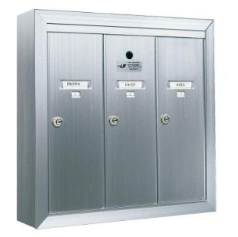 Surface Mount Vertical 1250 Series, 3 Door Mailbox, Anodized Aluminum