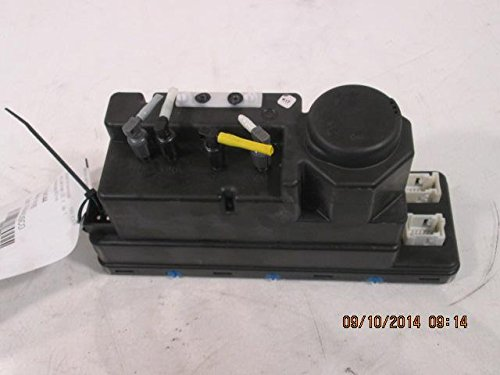 Mercedes Benz E320 Vacuum - 1996 1997 Mercedes-Benz E320 Vacuum Pump (See Part Number) 2108000648
