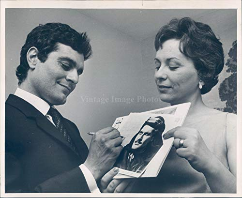 Vintage Photos 1963 Photo Omar Sharif Actor Celebrities Academy Award Nominee Lawrence 8x10