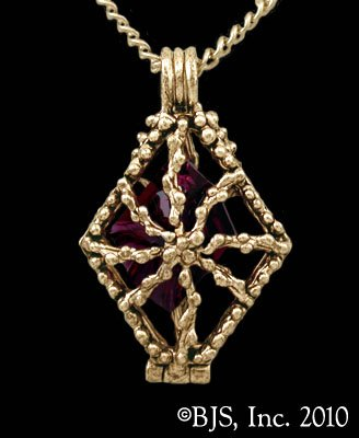 14k. Gold Cour'souvra ™ Officially Licensed Robert Jordan Wheel of Time ® Necklace by Raven Blackwood