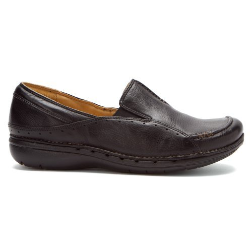 CLARKS Women's Unstructured Un.Buckle Leather Slip-on Loafer (6 M, Black) by CLARKS