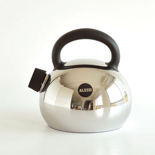 Alessi sg65 mami water kettle black import it all for Alessi mami prezzo