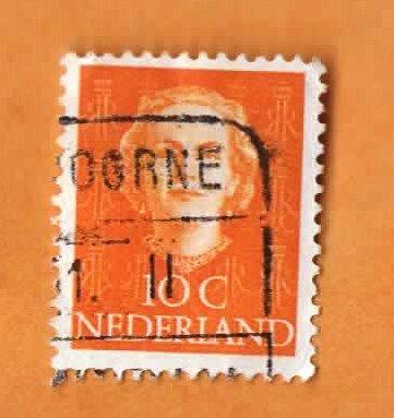 Used Netherlands Postage Stamp (1949) 10c Queen Juliana Photogravure - Scott # 308 ()