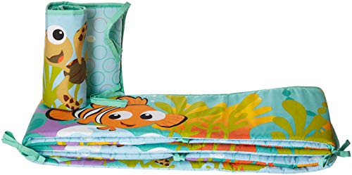Disney Finding Nemo Traditional Bumper ()